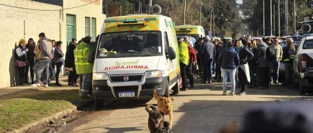 Vista del frente de la escuela en Moreno donde hubo una explosión. Foto Maxi Failla
